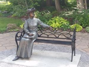 statue of L.M. Montgomery
